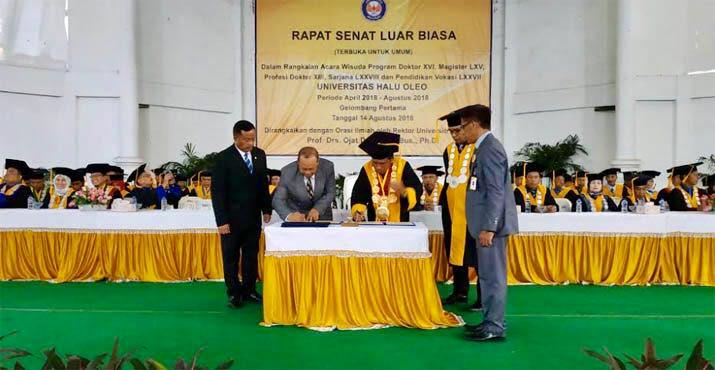 Universitas Terbuka - UHO Teken MoU. Foto oleh Humas UHO