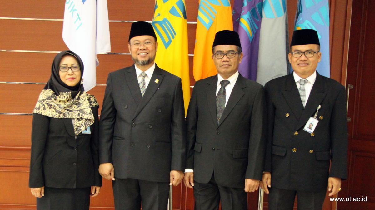 Pelantikan Kepala UPBJJ-UT Malang dan Pejabat di lingkungan UT Pusat