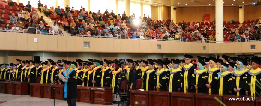 Wisuda Universitas Terbuka